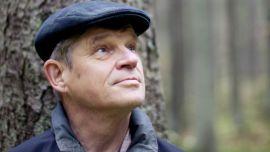 Professori ja puuntuottaja Matti Kärkkäinen puhui siitä, voisiko turvetuotantoa harjoittaa niin, että haitat vesistöille olisivat nykyistä pienemmät. - 13-1-1867415